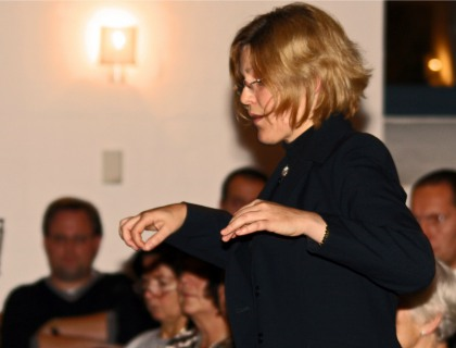 Dirigentin-Angelika-Hanzlick